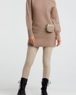 Knitted dress with puff sleeve
