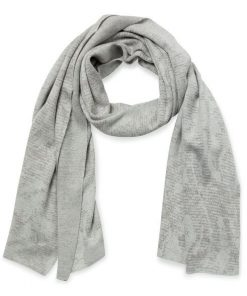 Knitted jacquard scarf