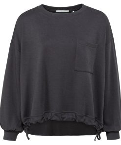 Drawstring sweater with pocket