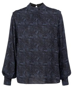 Top with shoulder accent